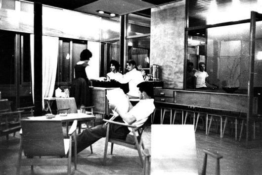 פ.845 צלם פיזה בשנות ה 60 מועדון ומשנות ה 80 ספרייה