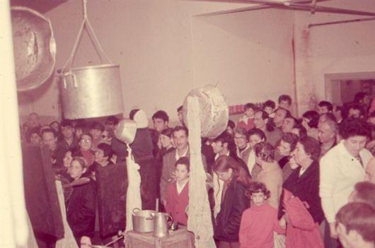 חדר אוכל י פבר 1970004