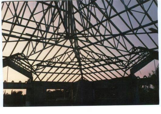 הקונסטרוקציה של הגג יולי 1987
