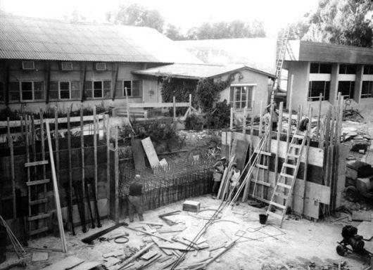 חדר אוכל בבנייתו 2