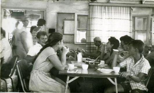 חדר אוכל הישן 4