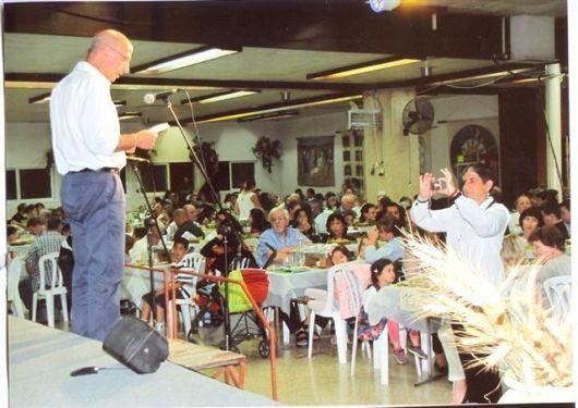 סדר פסח בחדר האוכל 2000