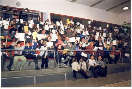 20049 מסיבת המילניום קהל