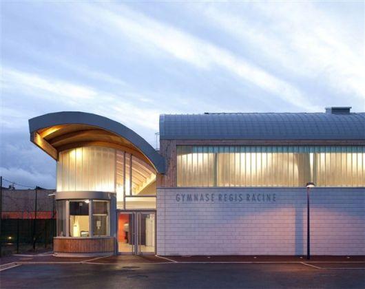 50c203fcb3fc4b2f5a000146_gymnasium-r-gis-racine-atelier-d-architecture-alexandre-dreyss-_011__p05