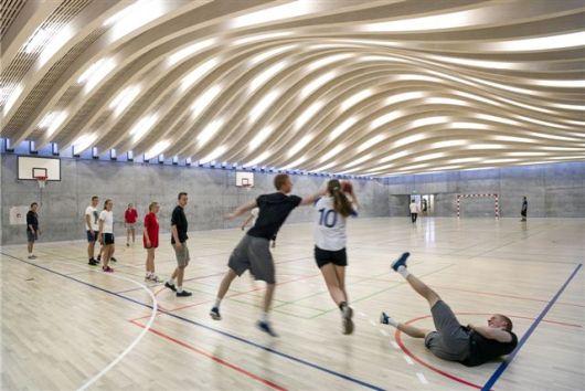 52027b1ee8e44efff20000fe_gammel-hellerup-gymnasium-big_ghg_image_by_jens_lindhe_08