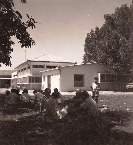 חדא הישן עם האפנדיציט אחרי 1952 (2)