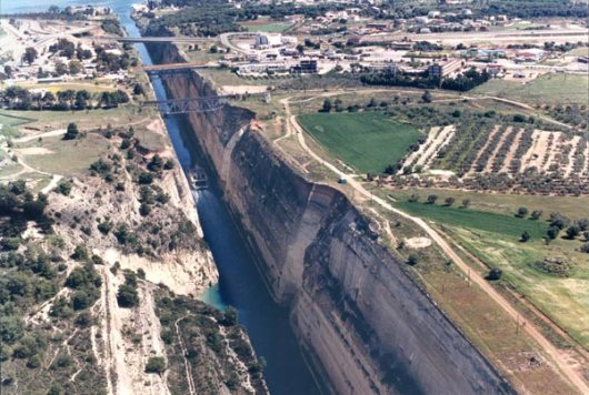Canal_of_korinth_greece