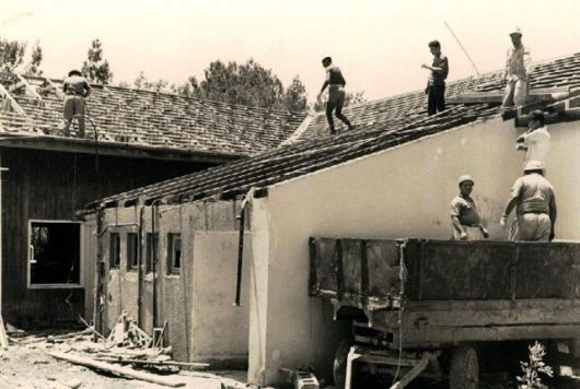 הריסת המבנה הישן