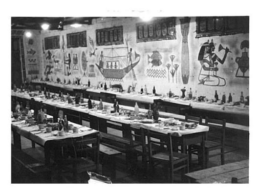 סדר פסח במחסן של טבק שנות ה-50