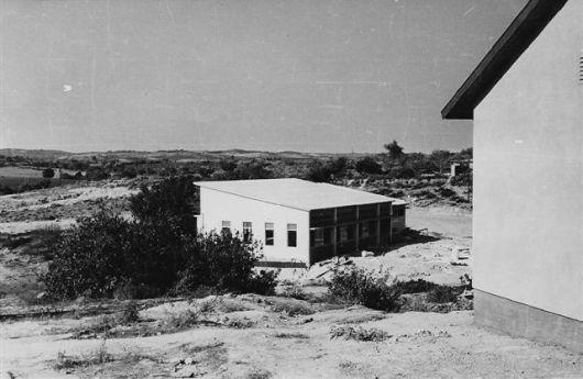 104.4-1958-9bereshit orhaner 036