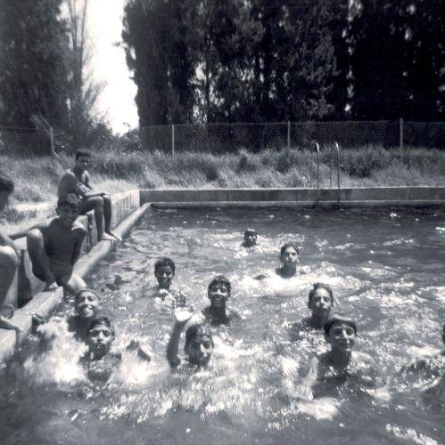 ccf_000268 הבריכה בעיינות כנראה 1964