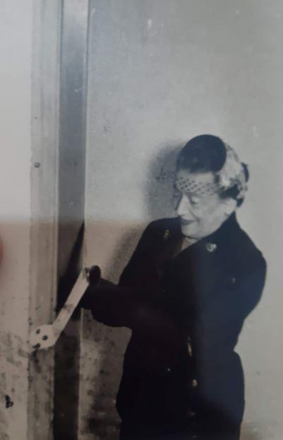 חוהפ תשטז ורה וויצמן חונכת את האולפן עש חיים אוסף עדה וויצמן