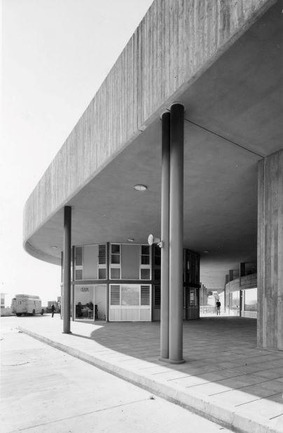 תחנת אגד בצפת בבנייתה באדיבות ארכיון ההיסטורי אגד (7)
