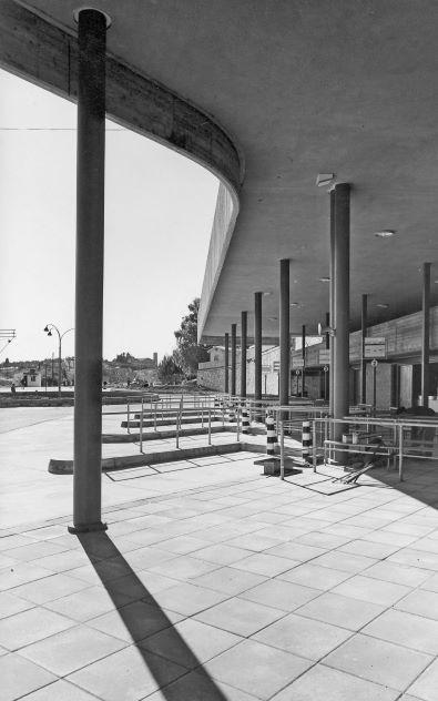 תחנת אגד בצפת בבנייתה באדיבות ארכיון ההיסטורי אגד (8)